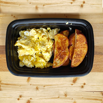 Eggs and Seasoned Potato Fries